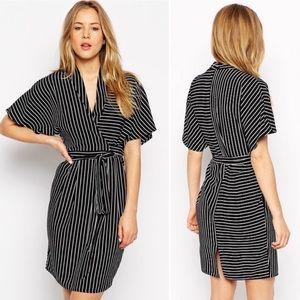 Like New ASOS Black & White Striped Kimono Dress
